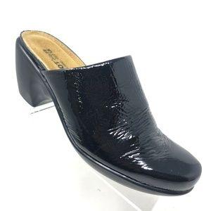 Naot Dream Mule Black Crinkle Patent Leather Sz 39